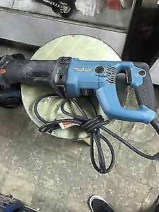 Makita 11 Amp Reciprocating Saw
