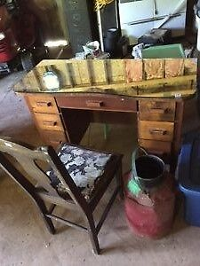 old fashion desk