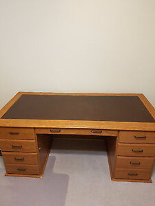 Large Oak desk $100 o.b.o Has to go!!