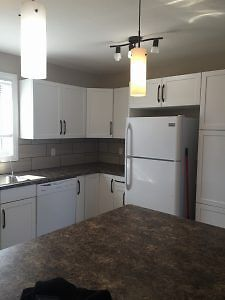 ISO:1 Roommate to share a 3 Bedroom home with 2 Singles Sunridge