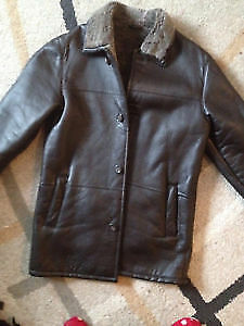 Genuine leather men's jackets size S and L Gatineau Ottawa / Gatineau Area image 1