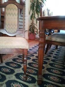 Beautiful Wooden Dining Table & 6 chairs, Excellent like NEW! West Island Greater Montréal image 8