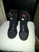 NEW Steel toed black work boots size 7