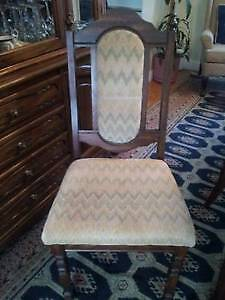 Beautiful Wooden Dining Table & 6 chairs, Excellent like NEW! West Island Greater Montréal image 6