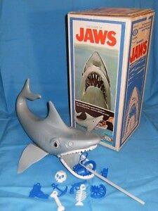 Looking for Jaws Game 1975 by IDEAL