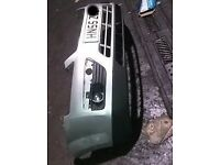 Ford Focus Front Bumper In Silver (2006)