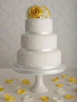 wedding cakes/Gâteaux pour mariages are affordable price...
