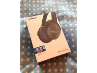 BOSE QC25 Noise cancelling headphones Brand New Quite comfort black