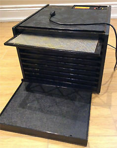 Excalibur 9-sheet Dehydrator with timer (USED MINT CONDITION)