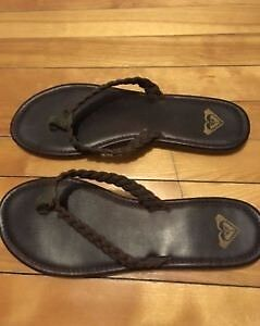 Roxy Sandals! Never Used! Perfect condition! Retail Price:40$