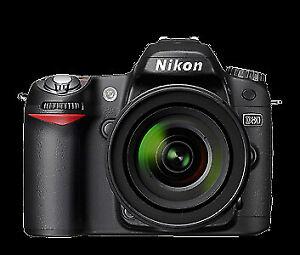 Nikon D-80, Objectif Nikkor 18-55mm et plusieurs accessoires