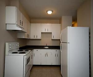 Collegeview - 10511 - 103 Ave