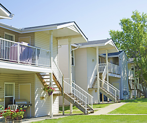 Westridge Manor - 17104-75 Ave.