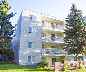 Redwood Court - B-Block-5020 Riverbend Rd. Edmonton Edmonton Area image 2