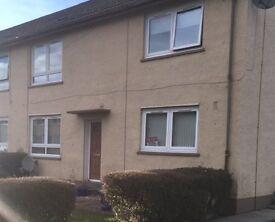 Ground floor, 2 bedroom flat in Blackford, front & rear garden