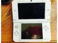 Nintendo 3DS XL with super Mario bros 3DS land