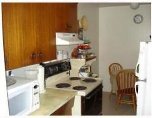 CONVENIENTLY located DOWNTOWN 1 bedroom suite