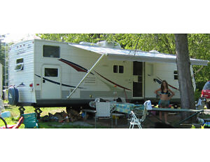 Roulotte Jayco Jay Flight 29FBS 29 pieds Camping Trailer
