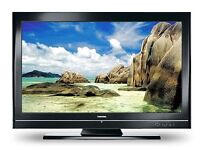 """42"""" black lcd TV for sale fully working with freeview and new remote control can deliver"""
