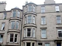 Excellent Traditional 1 Bedroomed Flat in Comely Bank Grove, Stockbridge