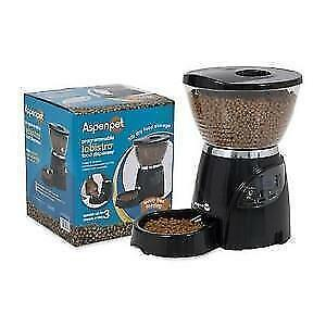 AUTOMATIC DOG / CAT FEEDER Kitchener / Waterloo Kitchener Area image 1