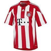 FC Bayern Trikot 2011