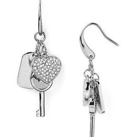 PayPal accepted Micheal kors earrings brand new