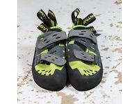 La Sportiva Tarantula 6.5 unused climbing shoes