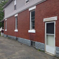 Newly Renovated 2 Bedroom Upper Unit