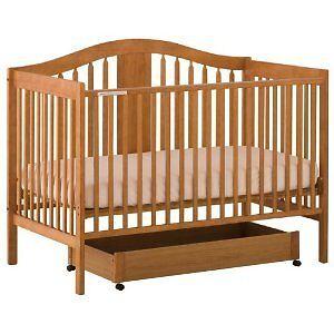 Storkcraft Chelsea 4-in-1 convertible baby crib bed oak