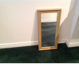 MIROIRS DECORATIFS, 2 MODELES  DECORATIVE WALL  MIRROR 3 MODELS