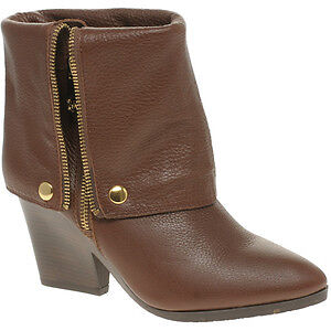 Michael Kors Bassey brown leather boot sz 8