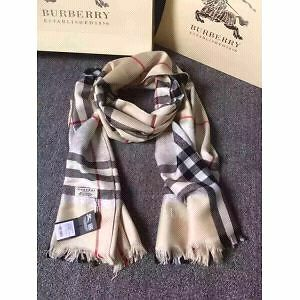Burberry scarf Arncliffe Rockdale Area Preview