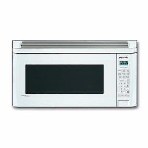 Micro-ondes Hotte Intégrée 2 pi³ Blanc Panasonic ( NN-S255WF )