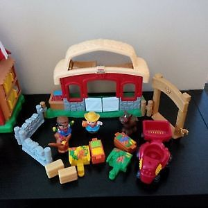 Fisher-Price Little People Ranch