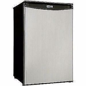 RCA/IGLOO / DANBY1.7 - 3.2 - 4.4 cuft Mini Refrigerator - NO TAX