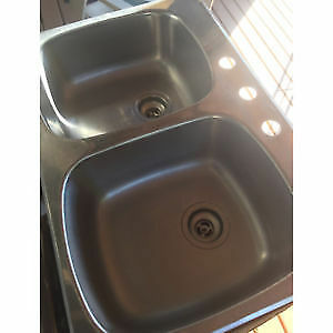 Wessan Double kitchen sink Bowl top mount
