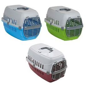 Pet Carrier - suitable for small dogs, cats or rabbits.