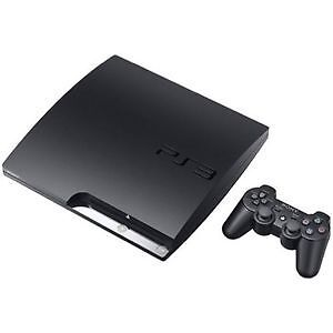 Playstation 3 + 2 controllers + Games