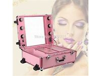 GORGEOUS PINK PULL ALONG MAKE UP SUITCASE WITH LIGHTS AND PLUG SOCKET !