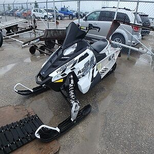 2015 Polaris Assault 600 Sled WE FINANCE GOOD, BAD, NO CREDIT OK