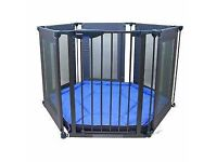 lindam play pen/ room divider