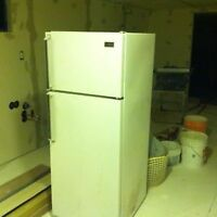 18' Ft G.E Medallion 850 Fridge For Sale