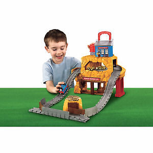 Fisher-Price Thomas & Friends: Take-N-Play Rumbling. AVAILABLE