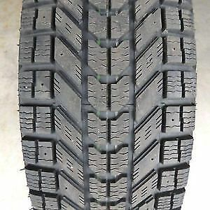 215/60R16 Set of 2 Firestone used winter FREEInst.&Bal.70%tread