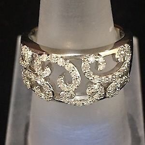 Lavish Lovely Lacy Ring!  I will deal with you