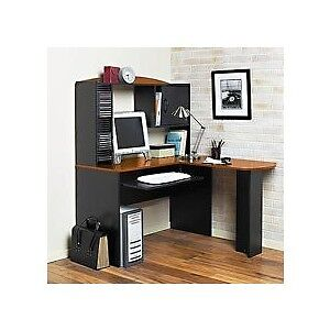Beige spacious corner desk/ workstation