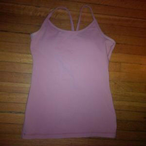 Lululemon size 4 racerback and tank top $15 each or both for $25 Kitchener / Waterloo Kitchener Area image 3
