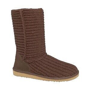 UGG cable knit boots US 7 Patterson Lakes Kingston Area Preview