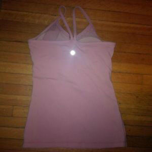 Lululemon size 4 racerback and tank top $15 each or both for $25 Kitchener / Waterloo Kitchener Area image 4